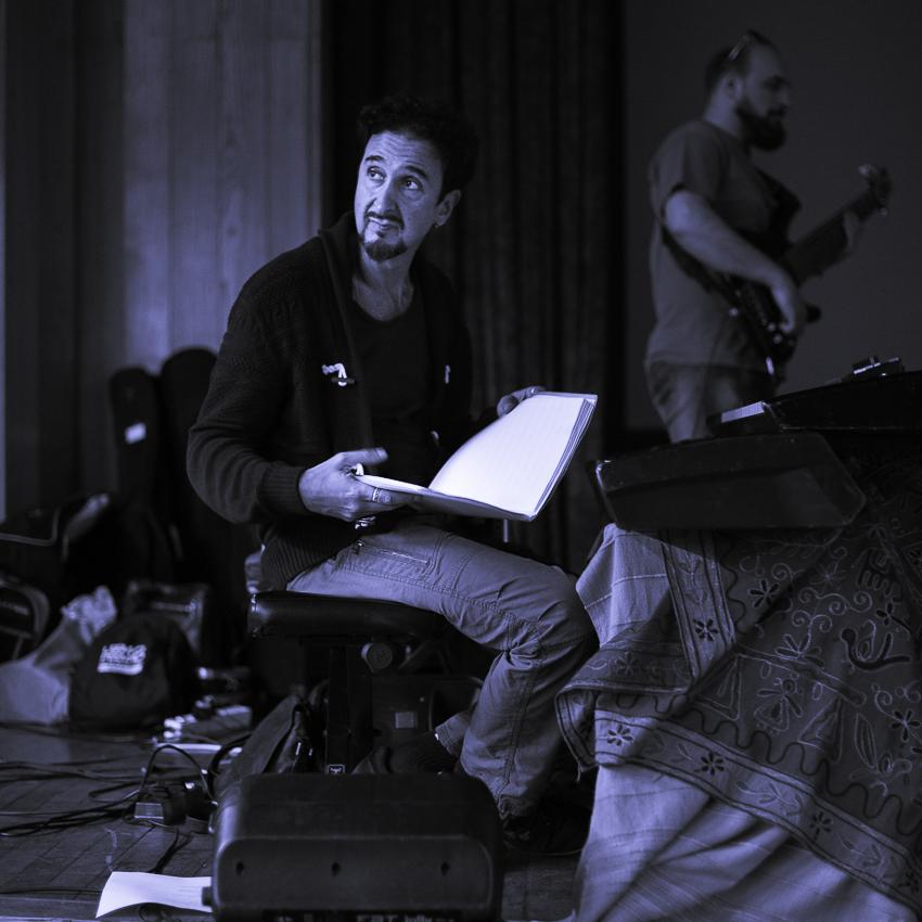 Canto libero #12. Intervista a Giovanni Vianelli